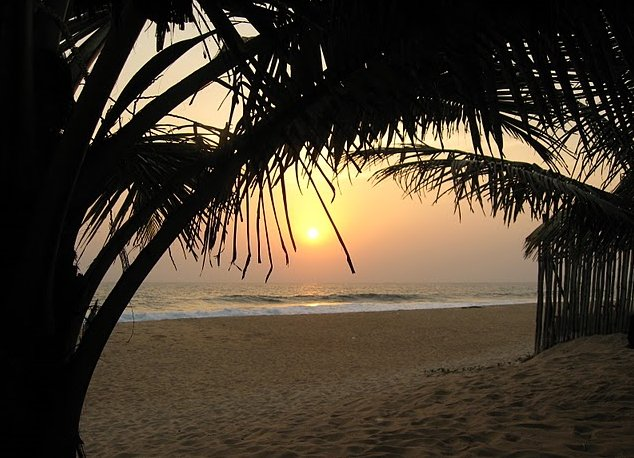 Photo Beaches in Monrovia Liberia unwind