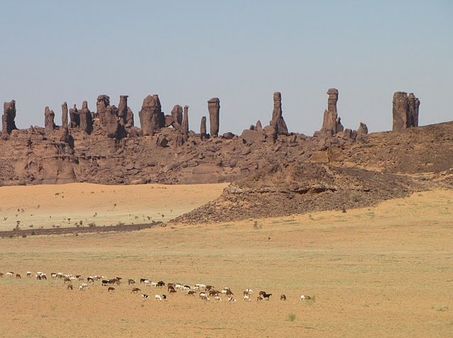 Ennedi Desert Safari in Chad Vacation Photos