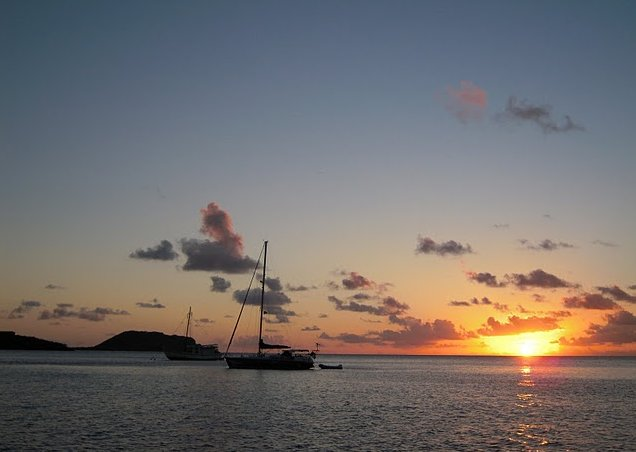 Photo Saint Vincent and the Grenadines sailing Caribbean