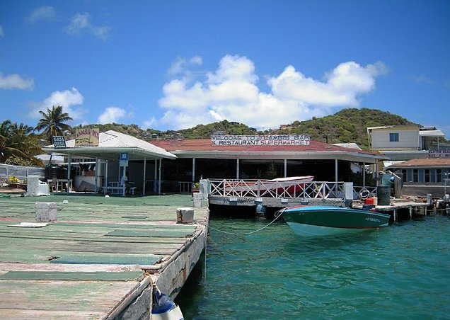Photo Saint Vincent and the Grenadines sailing kitchen