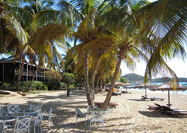 Photo Saint Vincent and the Grenadines sailing living