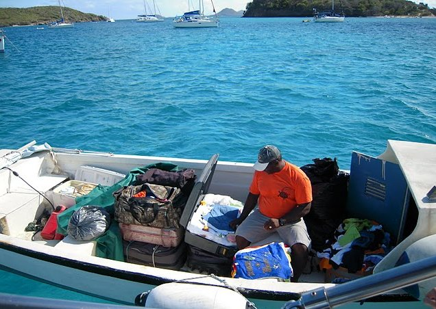 Photo Saint Vincent and the Grenadines sailing television