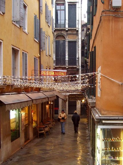 Romantic Trip to Venice in Italy Diary Information