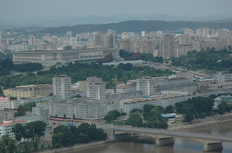 Photo Pyongyang tourist attractions Taedong