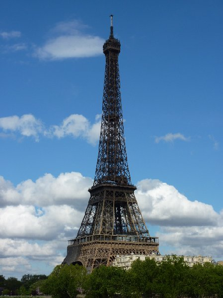 Photo Weekend getaway to Paris booked