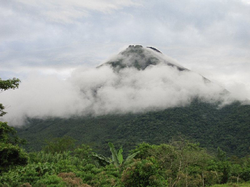 Photo Arenal Volcano National Park guests