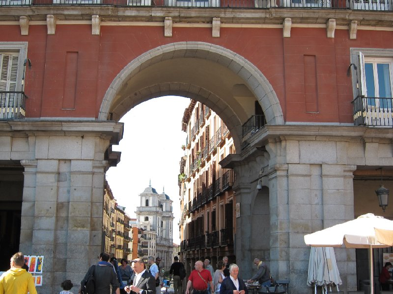 Round trip Spain: Madrid Travel Information