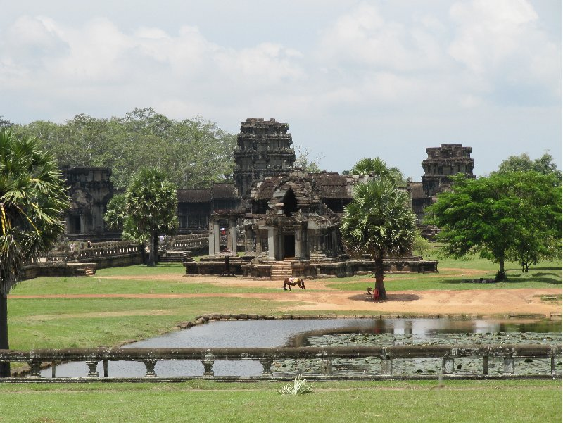 Photo Angkor Wat Cambodia located