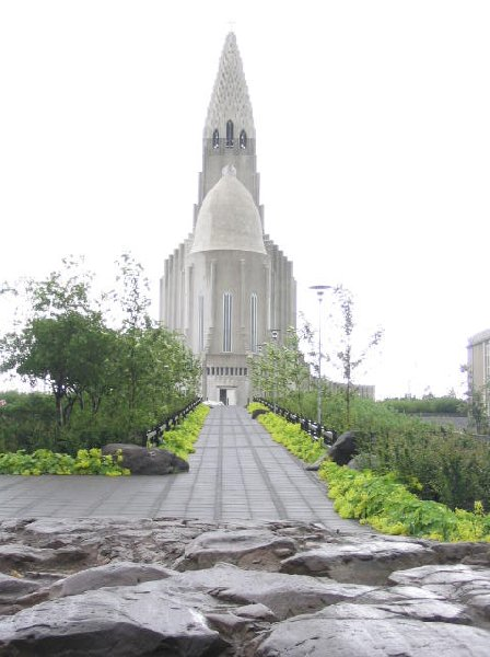 Photo Things to do in Reykjavik building