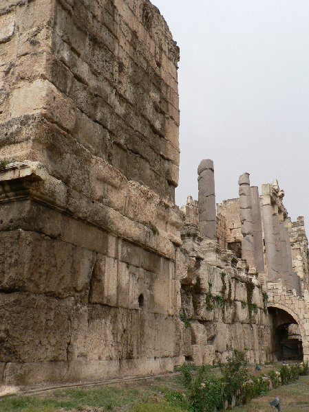 Photo The Roman temple ruins of Baalbek Jupiter