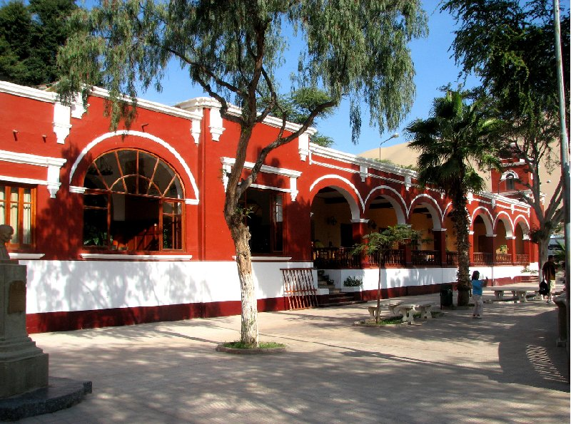 Huacachina Oasis Peru Ica Diary Picture