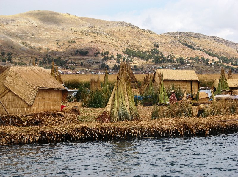 Photo Puno floating islands Titicaca