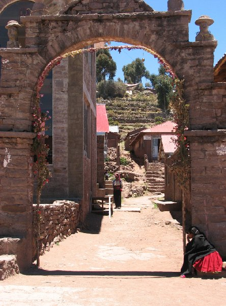 Photo Taquile Island Lake Titicaca Visiting