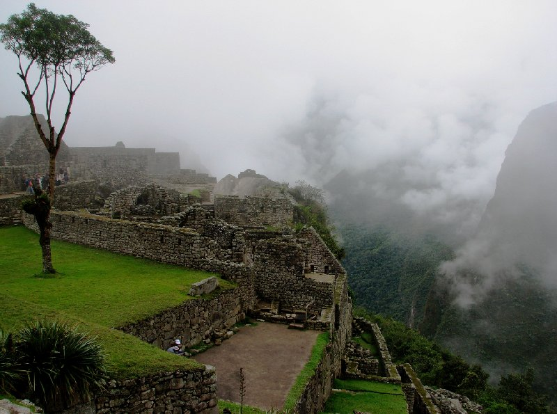 Photo Inca trail to Machu Picchu constructed