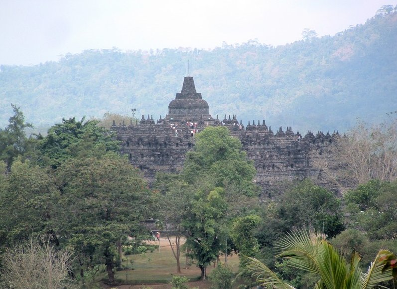 Borobudur buddhist temple Indonesia Review Photo
