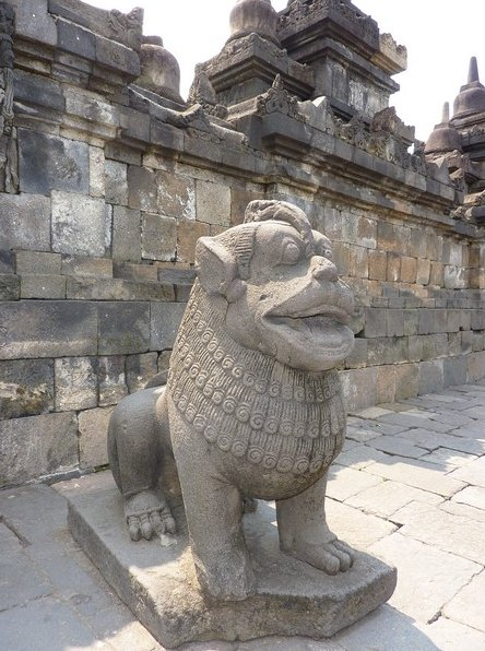Borobudur buddhist temple Indonesia Vacation Tips