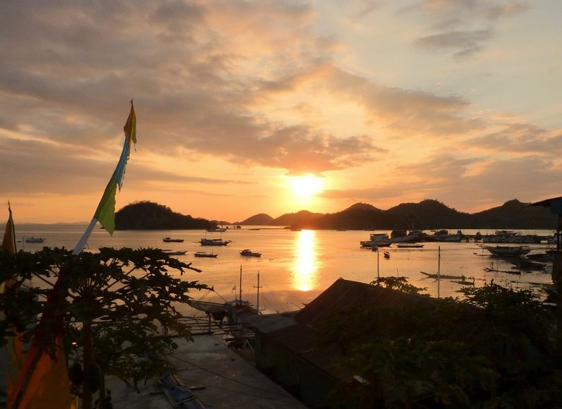 Photo Labuan Bajo Flores headed