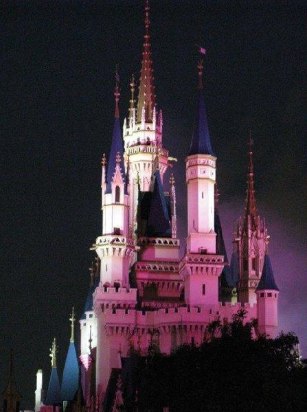 Photo Tokyo Disneyland photos booked