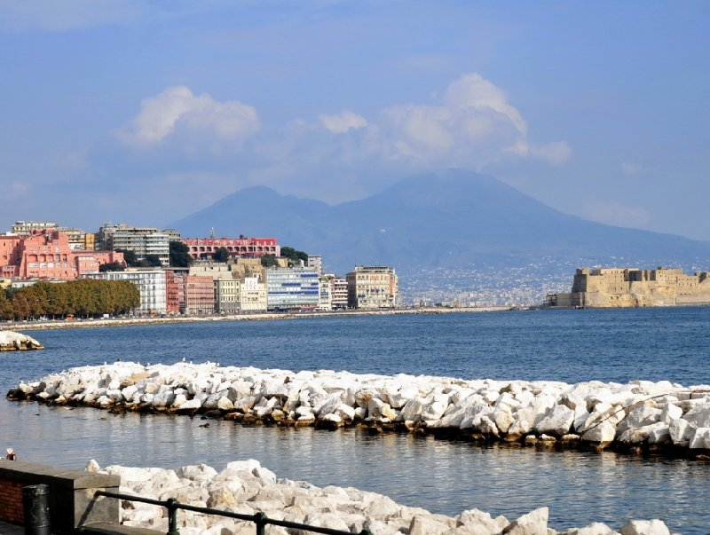 Photo Pictures of Naples Italy friends
