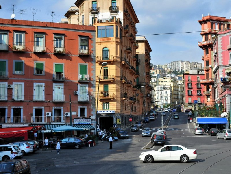 Photo Pictures of Naples Italy safest
