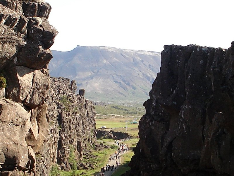Photo Iceland adventure travel in Thingvellir Iceland