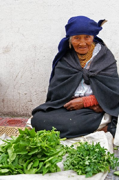 Photo Excursion to Otavalo market Ecuador starts