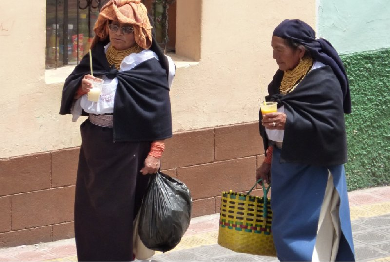 Photo Excursion to Otavalo market Ecuador replace