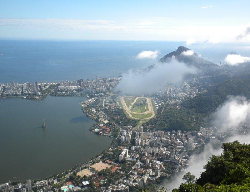 Photo Rio de Janeiro Day Tour to Mt Corcovado volunteer