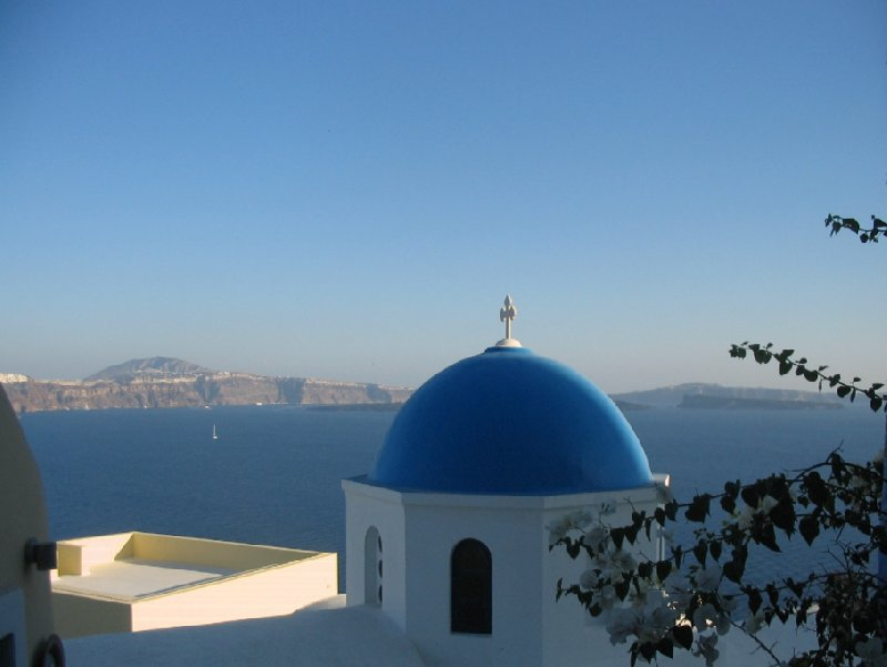 Nice stay in Santorini Oia Greece Travel Blog