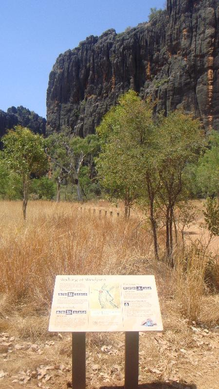Kimberley Tour to Tunnel Creek Fitzroy Crossing Australia Experience