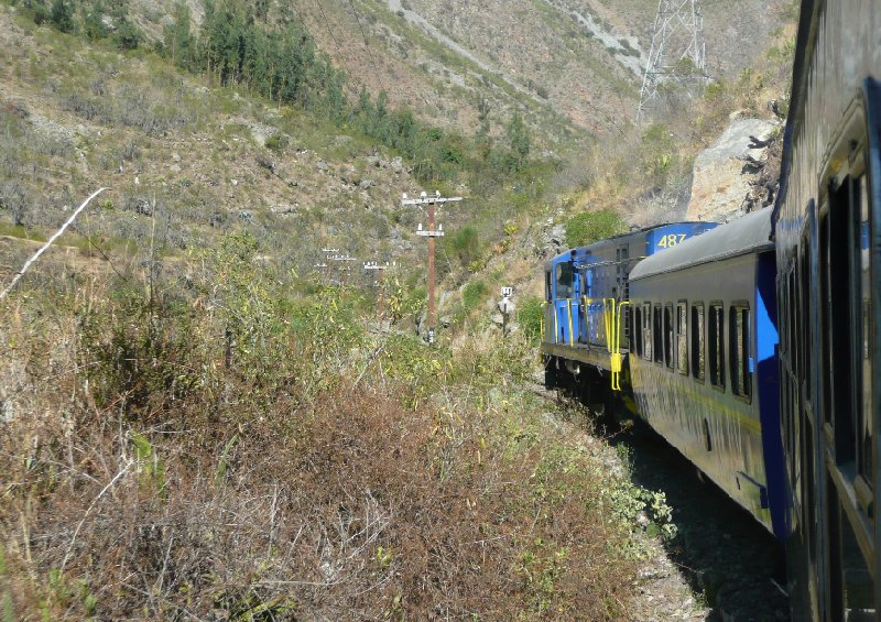 Photo Machu Picchu tour by train tourist