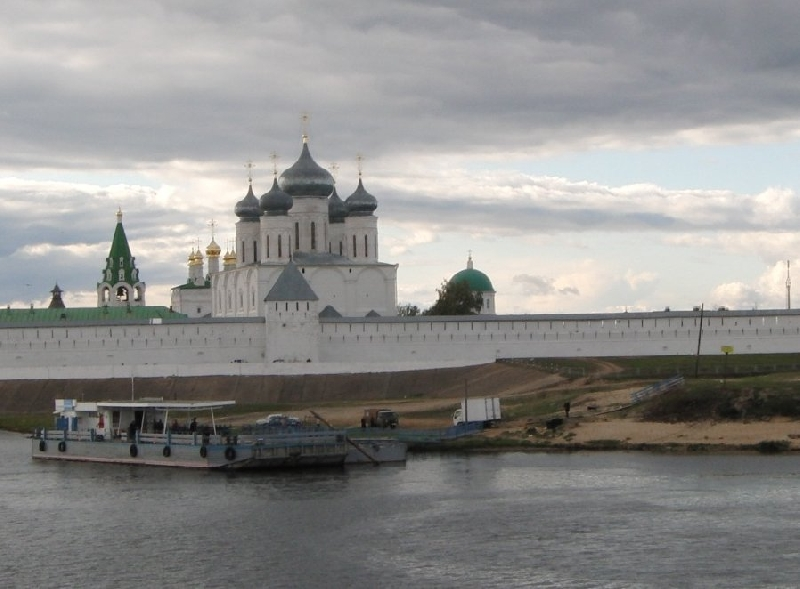Cruise stop in Makaryev Russia Review Sharing