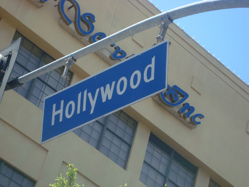 Hollywood United States Blog Review