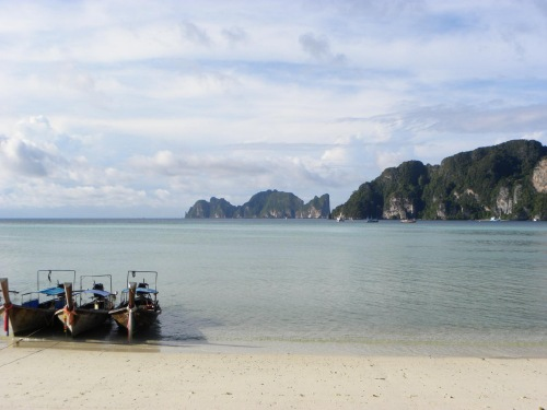 Boat ride around Phi Phi Ko Phi Phi Don Thailand Travel Package
