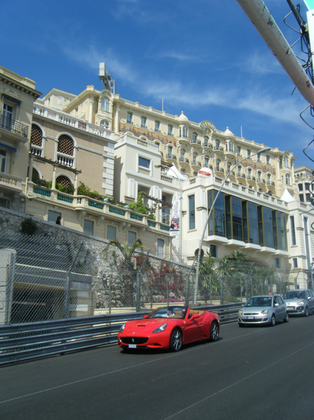   Monaco France Vacation Information
