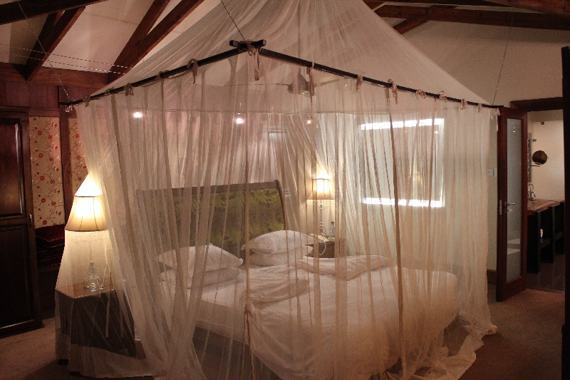 Honeymoon Bed, Tanzania