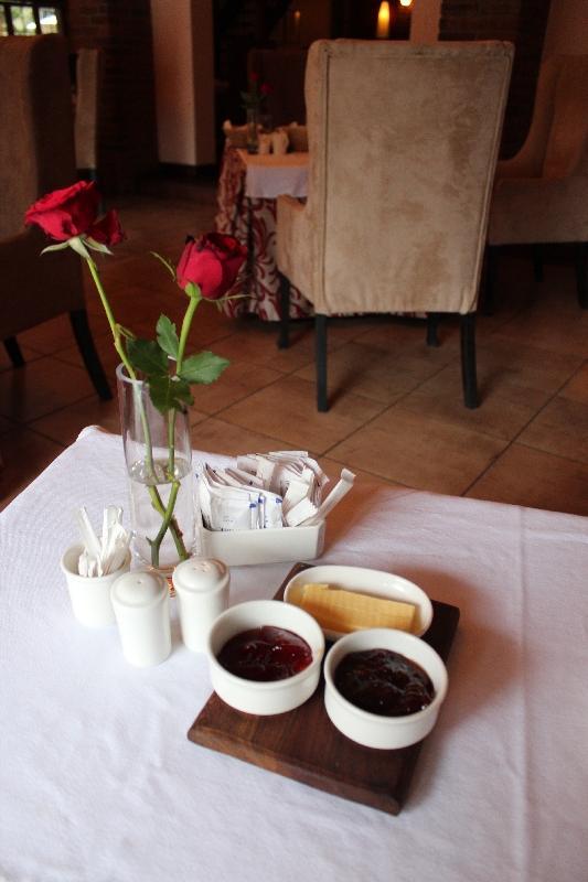 Breakfast Table Tanzania Arusha, Tanzania