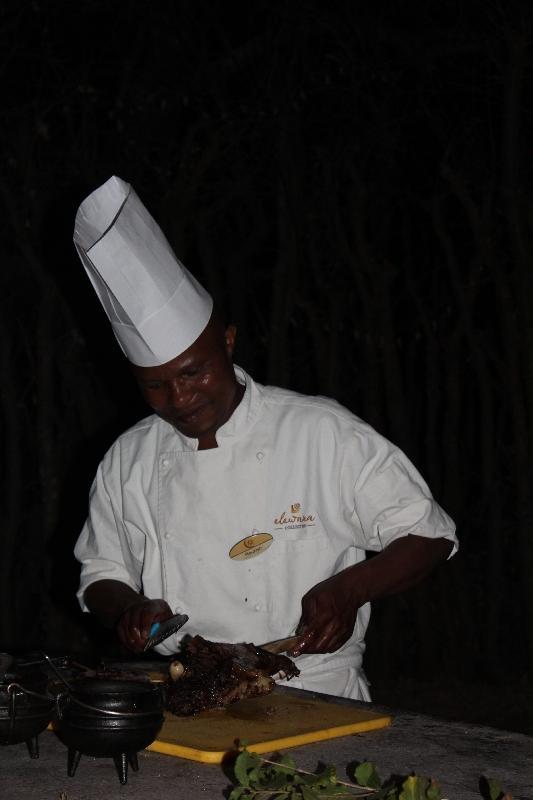 Treetops Buffet Chef, Tanzania