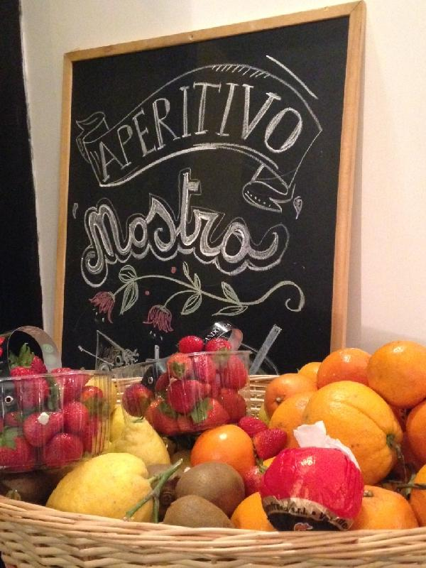 Fresh Smoothies and the Best Vines in San Lorenzo Rome