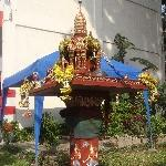 Altar on Thanon Rachadamnoen Klang