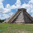 El Castillo temple pyramid, Chichen Itza, Yucatan Mexico
